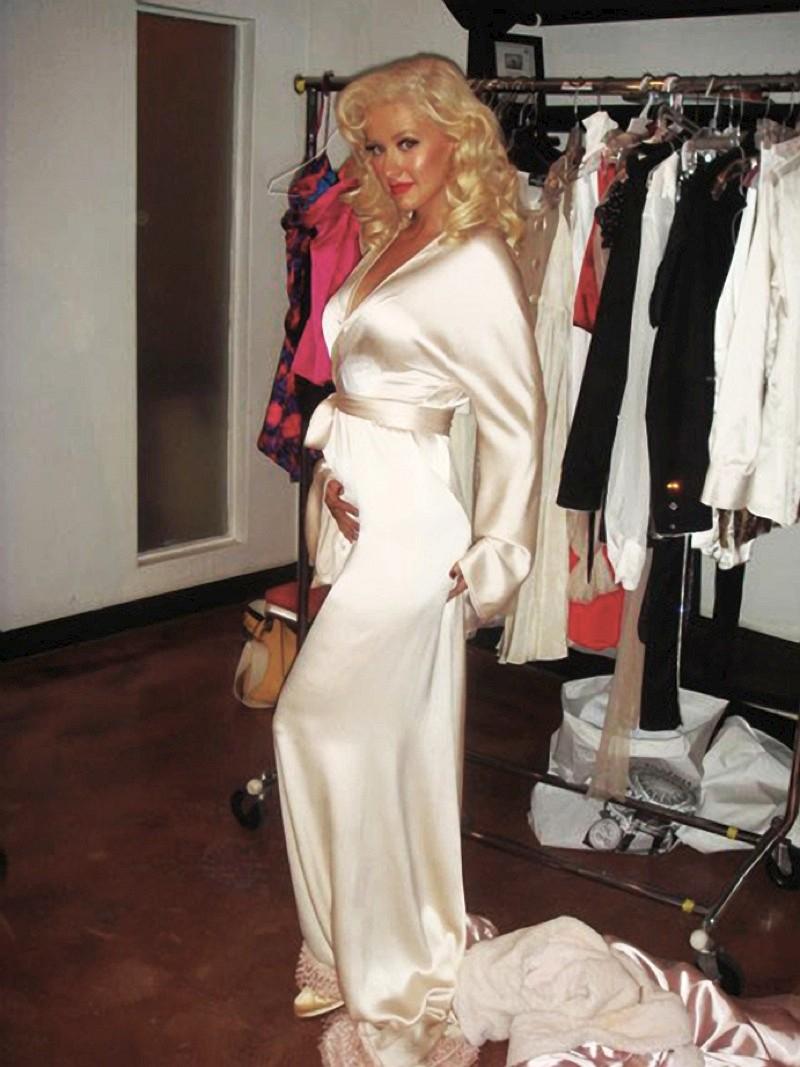 Christina Aguilera Leaked