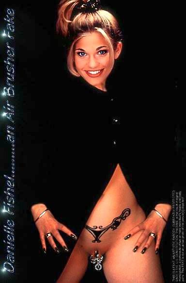Danielle Fishel Nude Fakes - 025