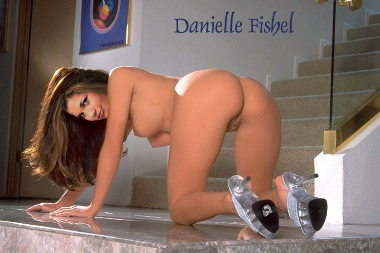 Danielle Fishel Nude