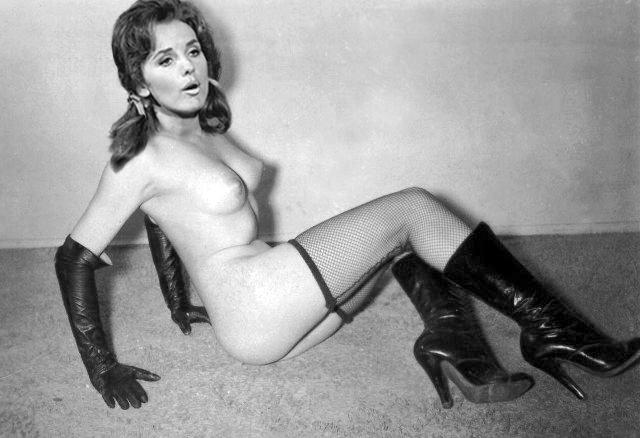 Dawn Wells Nude