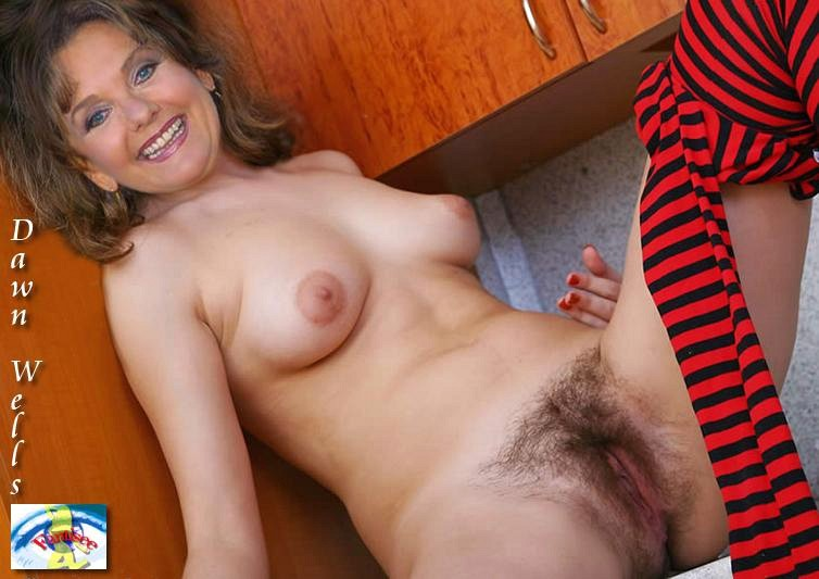 Dawn Wells Nude