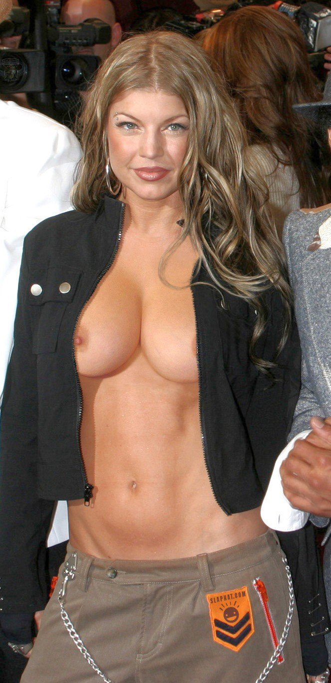 Stacy Fergie Ferguson Nude Fakes.