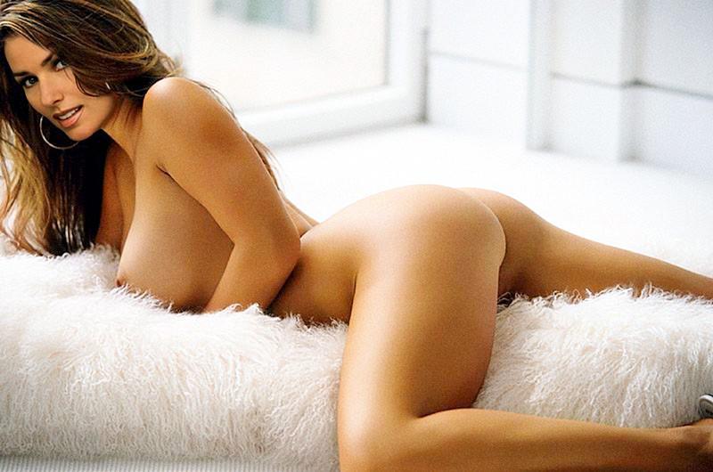 Shania Twain Nude