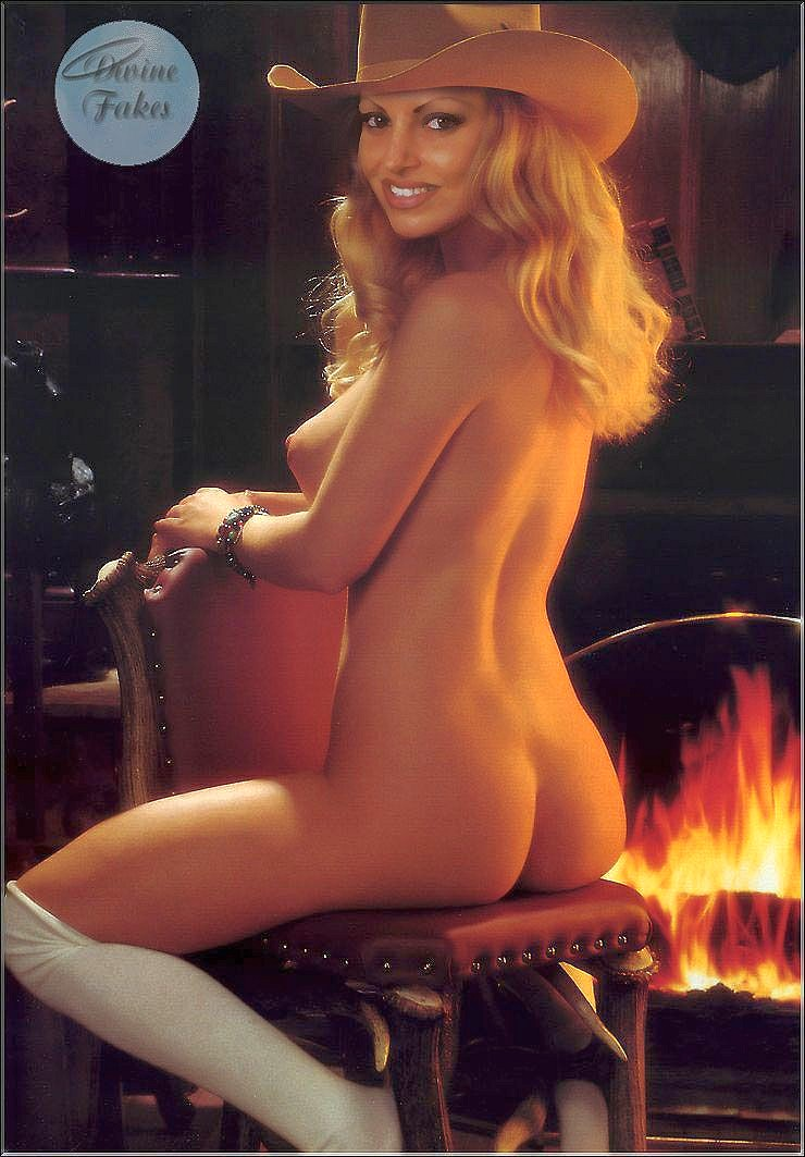 Wwe Trish Stratus Fake Nude