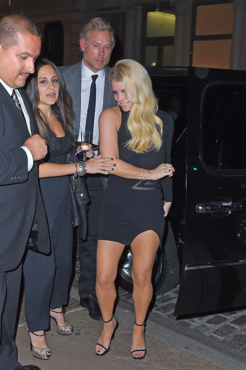 Thought differently, jessica simpson public nude share