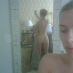 Scarlett Johansson Nude Leaked Cell Phone (Photos)